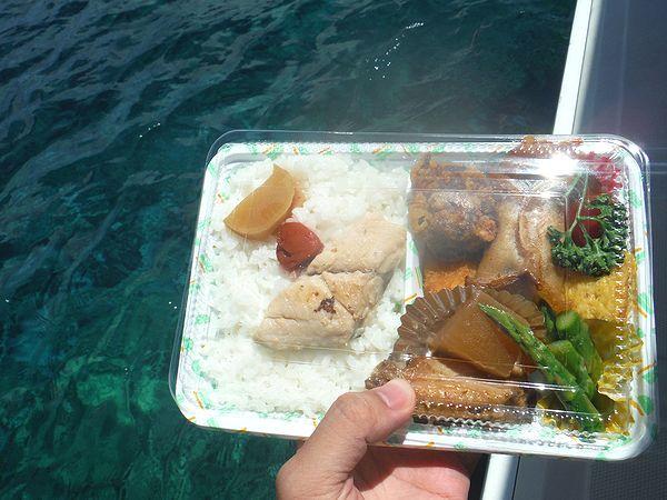 兄島海中公園でお弁当