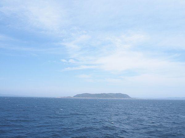 洲崎沖を通過