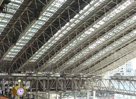 大阪梅田 4