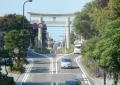 歩道橋から見る一の鳥居