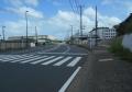 夏島貝塚通りを東に進む