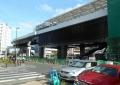 新しくできるシーサイドライン金沢八景駅(線路がカーブしているのがわかる)