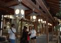 渡り廊下の提灯