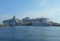3隻の豪華客船