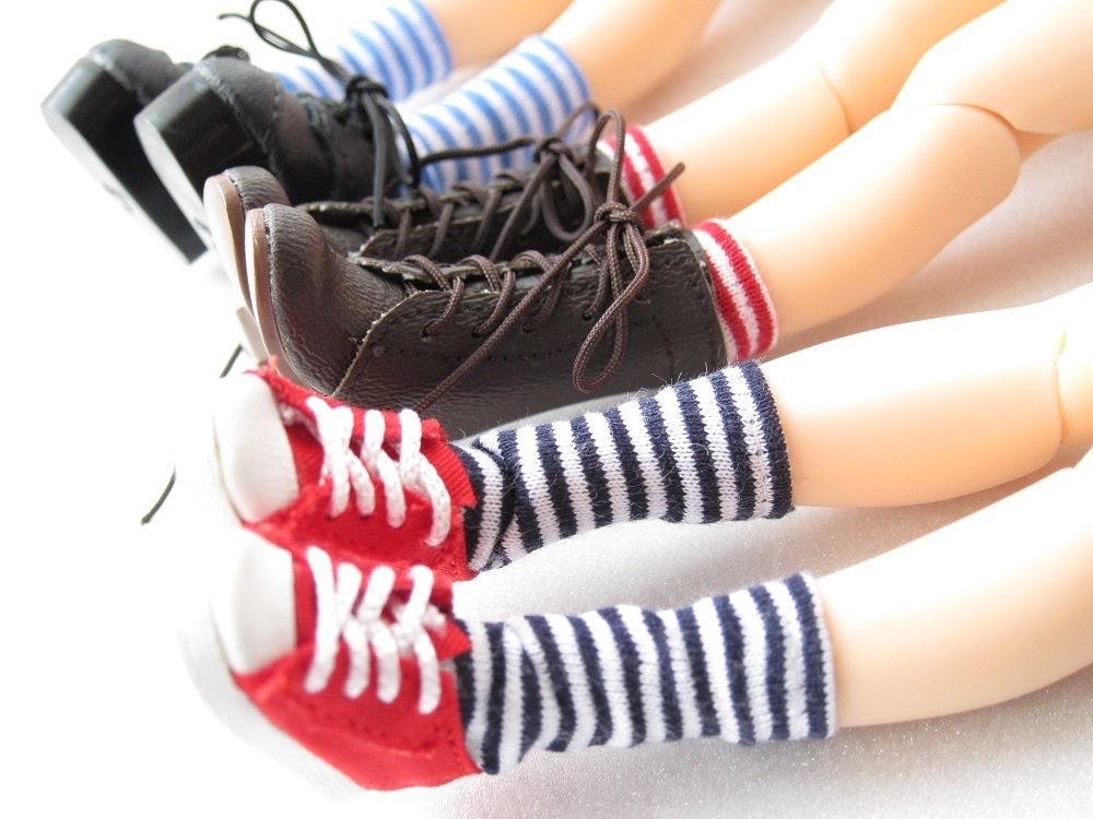 bordersocksgirls (2)