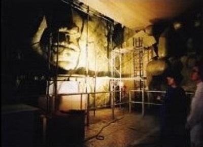 発砲スチロールの仏像で隠された第7サティアンのサリン生成プラント