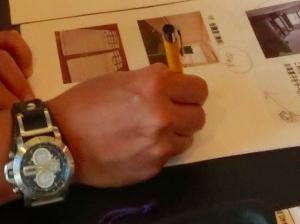 ロゴ入りボールペンをご使用下さっていました♪