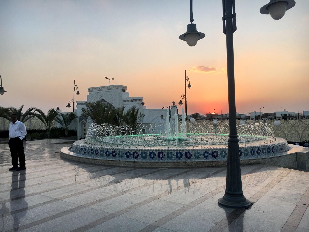 mosque4.jpg