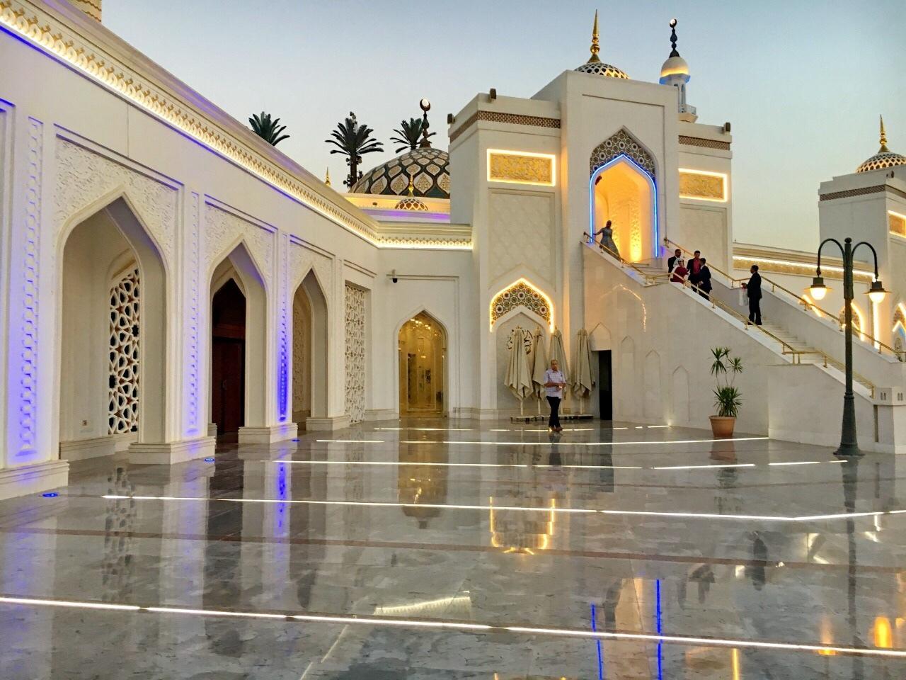 mosque5.jpg