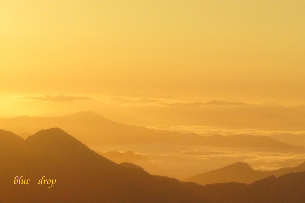 黄金色の雲