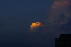 夕立にはならない雲 201808