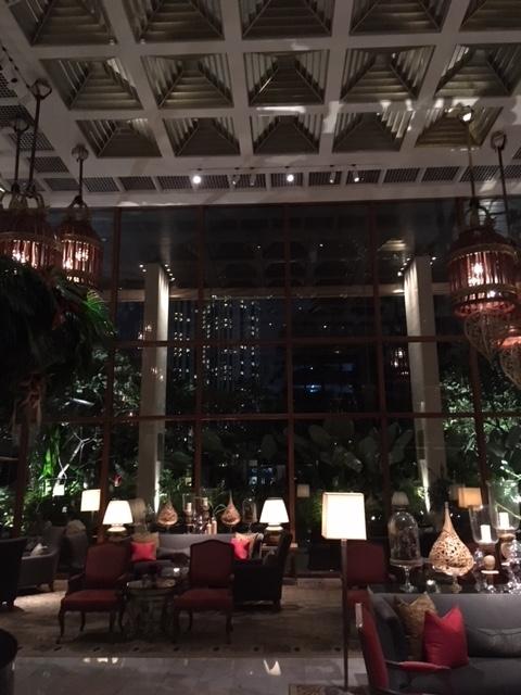 久々のバンコク オリエンタルホテルの Terrace Rim Naam