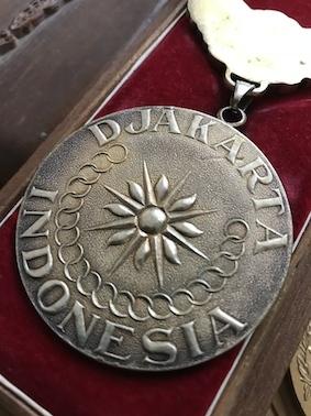 180910アジア大会金メダル裏