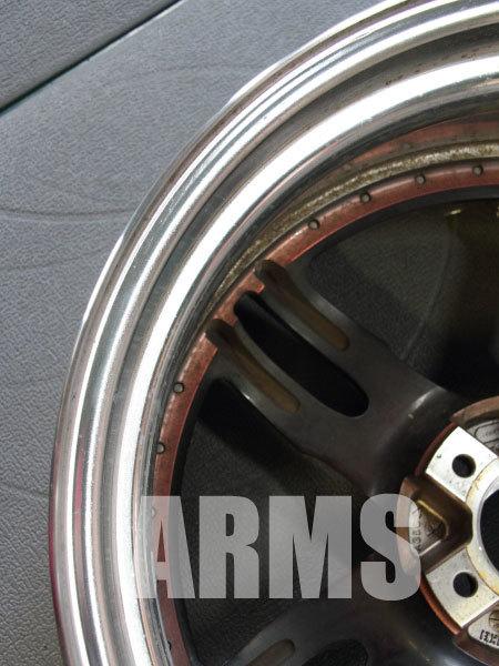 ホイールの内側リムの曲がりを修理