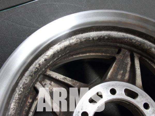 4WDホイールの修理