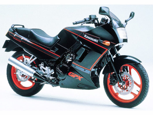GPX250R-2-530x398.jpg