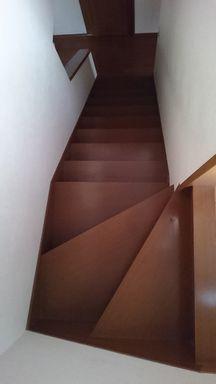 連休 断捨離・収納・掃除(階段ほか)