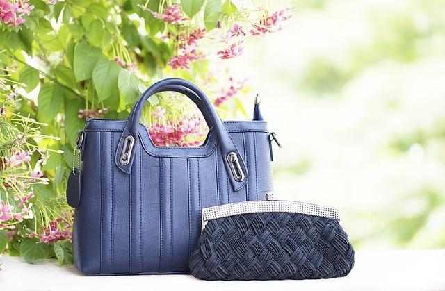 ファッション バナー用 青いバッグ