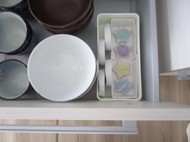 食器棚引き出し 収納 空き箱でテスト (5)