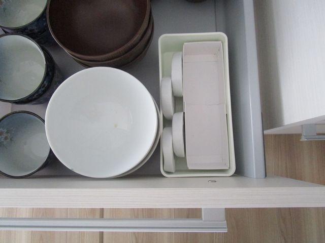 食器棚引き出し 収納 空き箱でテスト (7)