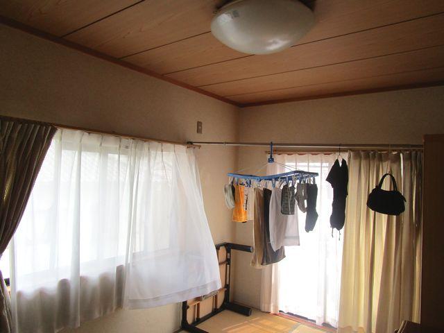 部屋干し 2階の様子 (1)