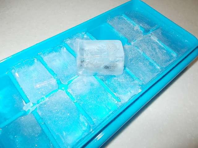エビス ブロックアイストレー N PH-F65、氷完成