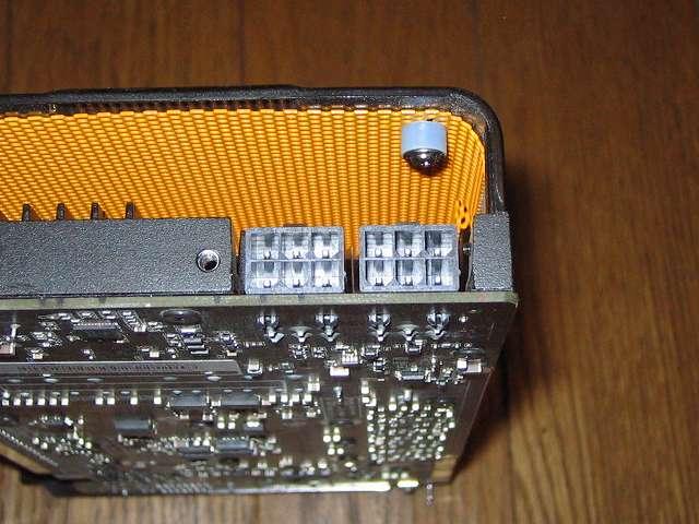 ビデオカード ZOTAC GeForce GTX 570 ZT-50203-10M PCI Express 電源コネクタ 2か所