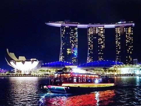 シンガポールB