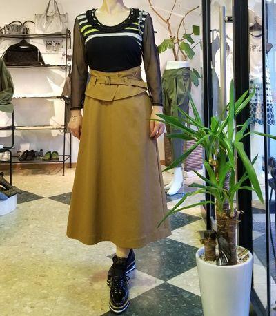 セミフレアスカート1