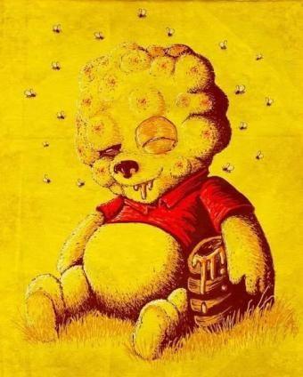 ハチに刺されて腫れだまりのプーさん