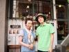 華道家のEi:Enさん(左)とギタリストのクボタアツシさん