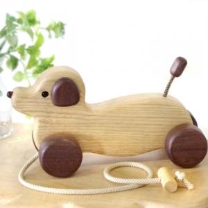 風工房_木のおもちゃ 木製 引き車_ダックスフンド(セン)_001