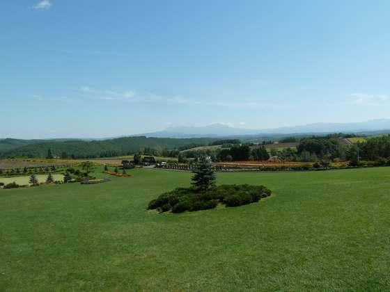 ぜるぶの丘のてっぺんにある展望台からの眺め