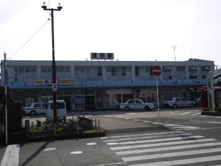 JR厚狭駅北口