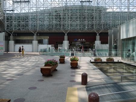 JR金沢駅東口