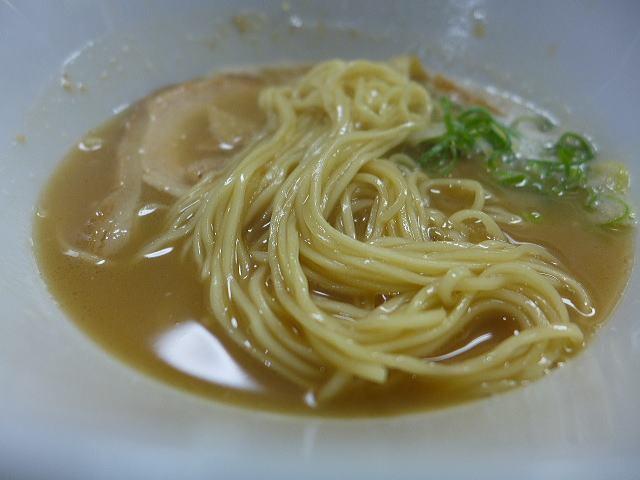 麺や 旭@01鳥白湯ら~めん(醤油) 3