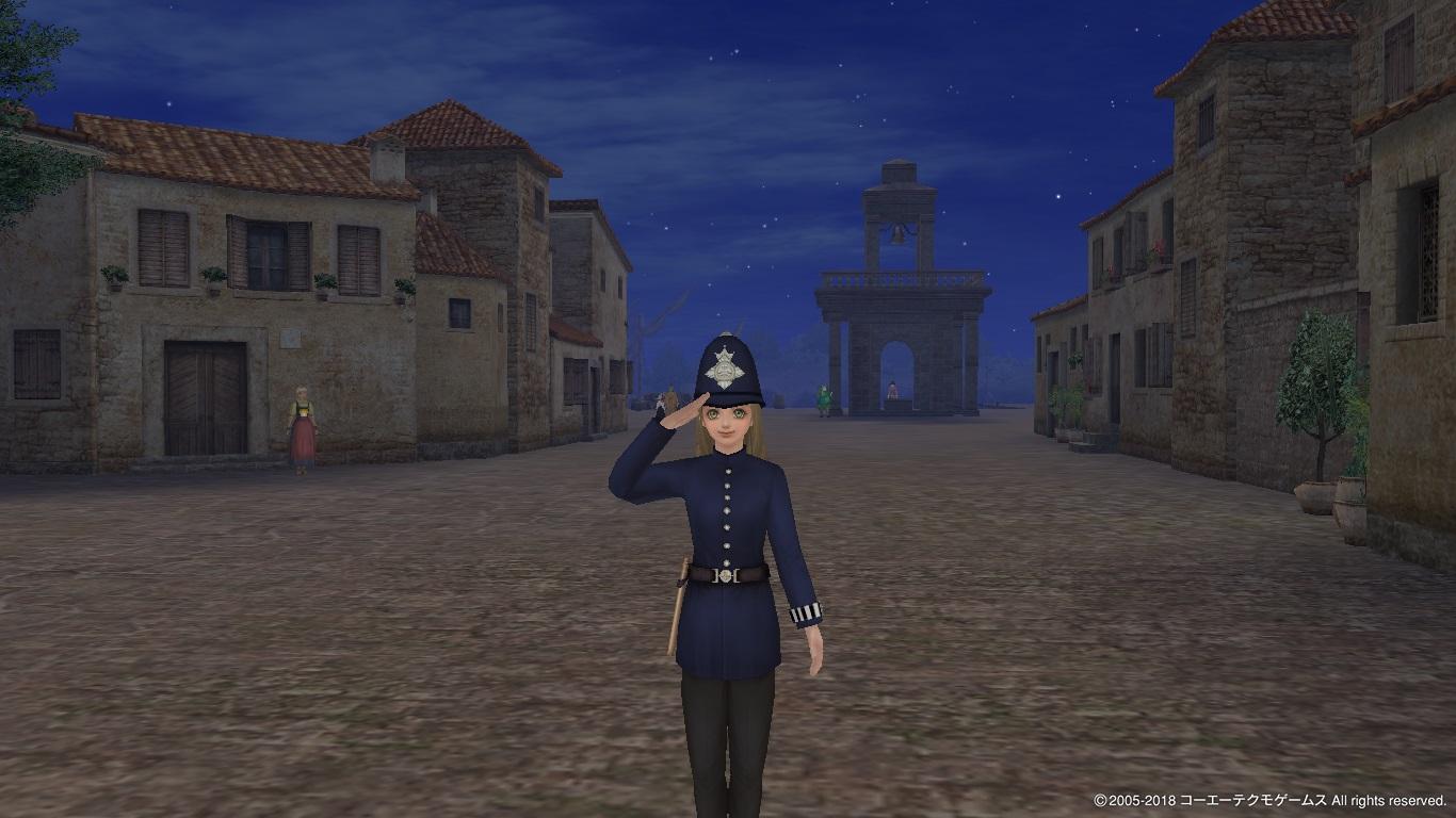警官服のユッカーナ