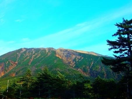 東京都青梅市にある御岳山