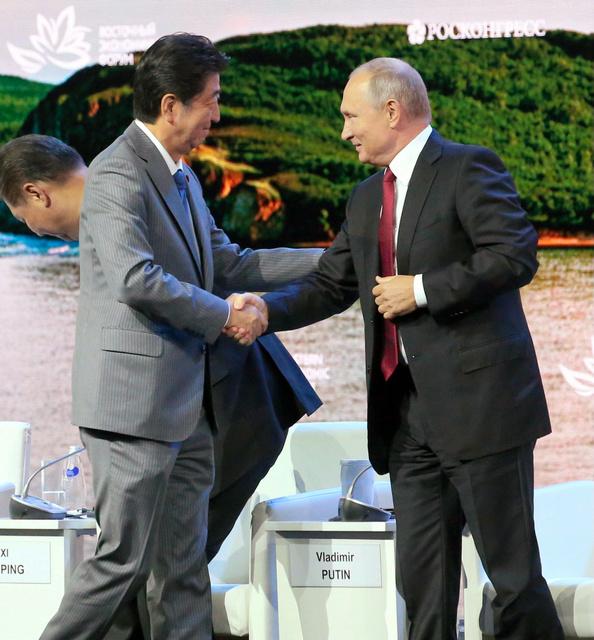 【プーチン大統領】北方領土問題を棚上げ、年末までに無条件での平和条約締結求めるの画像