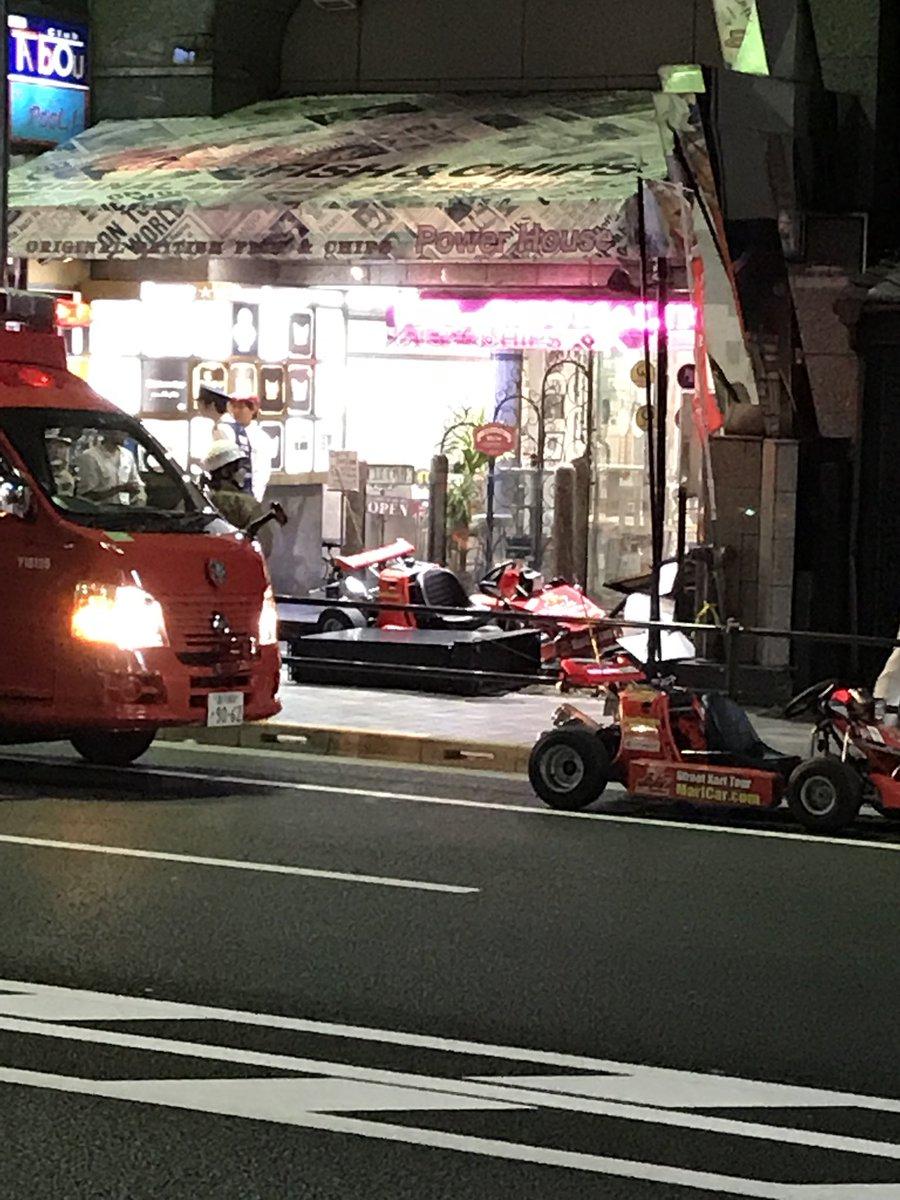 六本木で「マリカー」歩道に乗り上げ看板破壊!運転手のシンガポール女性軽傷の画像3-3