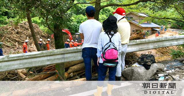 西日本の豪雨で濁流から住民を救った警察官2人、流され行方不明の画像4-1
