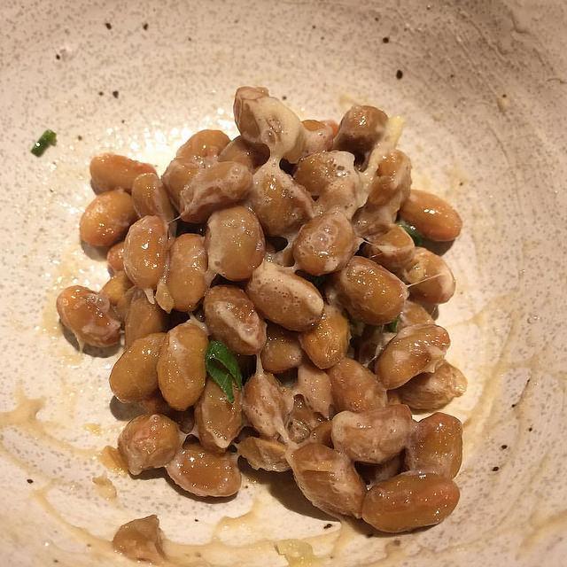【納豆】「かき混ぜる前」が当たり前なの?納豆のタレ、いつ入れる?の画像2-2