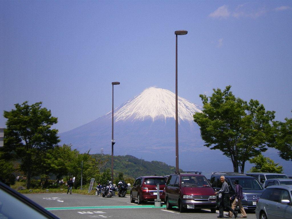 富士山東名富士川SAより