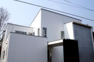 滋賀県大津市のスタイリッシュなモダン住宅