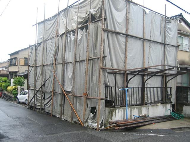 滋賀県大津市湖城が丘のモダンな注文住宅|解体工事