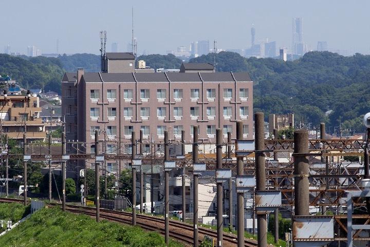 黒川橋から見える横浜ランドマークタワー