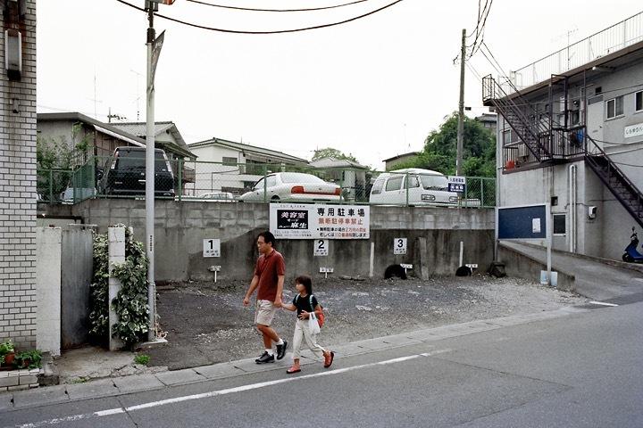 柿生の町中駐車場