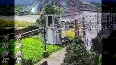 【衝撃!】工場で爆発・・・2人が吹き飛ばされた!