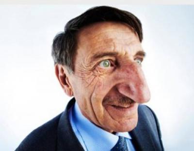 【苦笑】世界一鼻の大きなおじいさん・・・