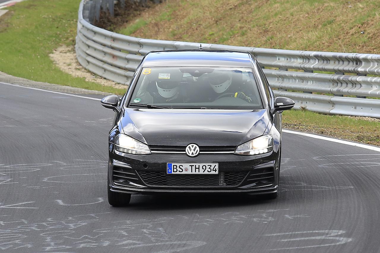 VW Golf Mule 001